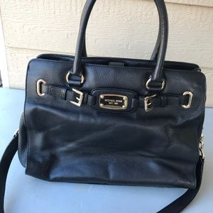 Beautiful Michael Kors Leather Purse
